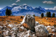 Free Rocks On Mountain Meadow Royalty Free Stock Image - 92590616