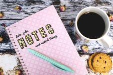 Free Coffee, Biscuit And Note On Things To Do Royalty Free Stock Image - 92590736