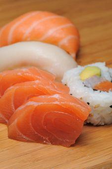 Free Sushi & Sashimi Royalty Free Stock Photography - 9261307