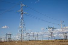 Free Electricity Pylons Royalty Free Stock Images - 9262669