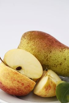 Free Apple And Pear Royalty Free Stock Photo - 9263075