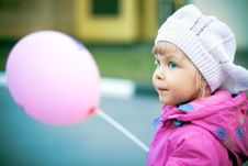 Free Girl With Balloons Royalty Free Stock Photography - 9263957