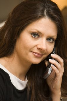 Free Young Woman On Cell Phone Royalty Free Stock Image - 9264676