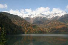 Free Lake Ritsa. Abhazia Stock Images - 9268044