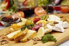 Free Cheese Plate Stock Photo - 9269970