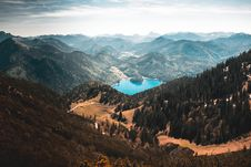 Free Mountain Range Stock Photography - 92653662