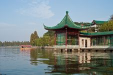 Free Chinese Park Royalty Free Stock Photography - 9272527