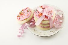 Free Frosted Pink Sugar Cookies With Ribbon Stock Images - 9272884