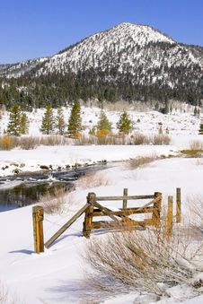 Free Winter Scene Of HWY 4 Stock Images - 9275164