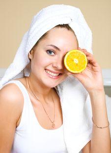 Free Pretty Woman Eating Oranges Stock Photos - 9279223