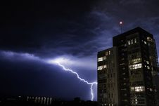 Free Thunderstorm In City Royalty Free Stock Photo - 92710615
