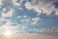 Free Fluffy Clouds  Royalty Free Stock Images - 92710819