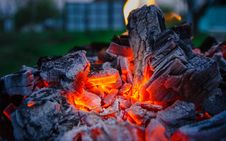 Free Smoldering Ashes. Burning Coal. BBQ Barbecue. Stock Images - 92727204