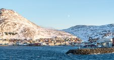 Free Town On Snowy Bay Stock Images - 92753304