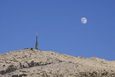 Free Scene With Transmitter At Moonrise Royalty Free Stock Photography - 9280177