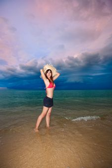 Free Young Woman Having Fun At Beach Stock Photo - 9281850