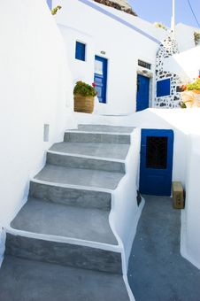Free Santorini Houses - Stairway To Heaven Royalty Free Stock Images - 9282129