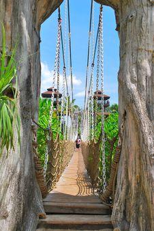 Free Wooden Suspension Bridge To Paradise Royalty Free Stock Photos - 9282548