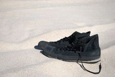 Free Black Sneakers Stock Image - 9283111