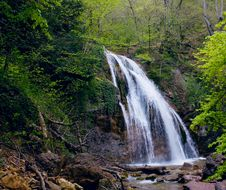 Free Spring Waterfall Stock Photography - 9283622