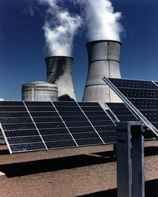 Free Solar Farm And Cooling Towers Royalty Free Stock Photo - 92881695