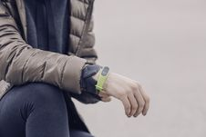 Free Man Wearing Green Electronic Watch Stock Photography - 92881872