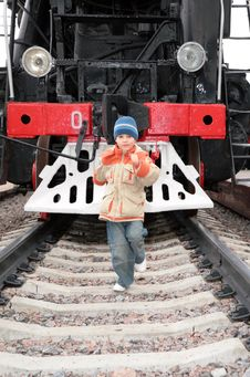 Free Boy Runs Before Locomotive Royalty Free Stock Photos - 9292238