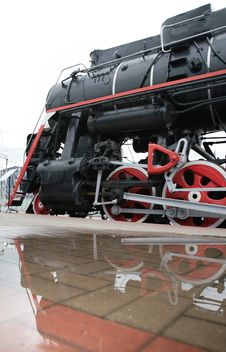 Free Steam Locomotive And Its Reflection Stock Photography - 9292242