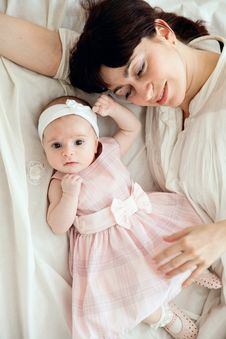 Free Mother With Newborn Daughter Stock Photo - 9296970