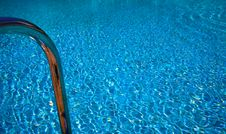 Free Pool With Bathing Ladder Royalty Free Stock Photography - 9298407