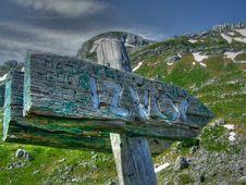 Free Mountain Royalty Free Stock Photo - 930835
