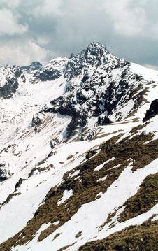 Free Snowed Mountains - Grain Royalty Free Stock Image - 933316