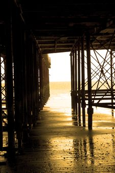 Free Golden Pier Stock Images - 934164