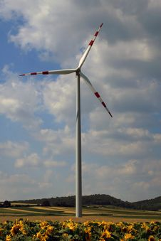 Free Wind Turbine Stock Photo - 937920