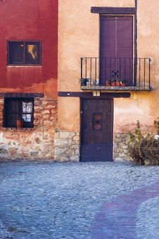 Free Colorful Facade Of House In Spain Royalty Free Stock Images - 9300769