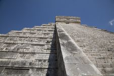 Free Chichen Itza Royalty Free Stock Photo - 9301995