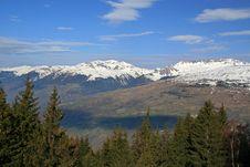 Free Snow Covered Mountains Royalty Free Stock Photos - 9302448