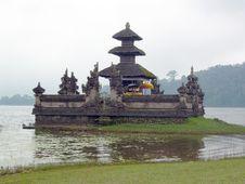 Free Hindu S Temple At Baratan Lake,Bedugul-Bali Stock Image - 9303901