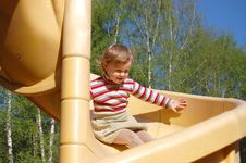 Free The Little Girl Plays Attractions Stock Images - 9311284