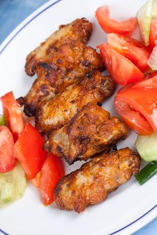Grilled Chicken Legs With Salad Royalty Free Stock Image