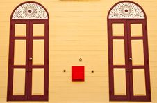 Free Thai Style Wood Doors Royalty Free Stock Image - 9317616