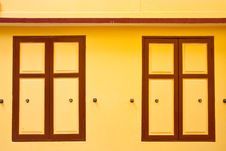 Free Thai Style Wood Windows Royalty Free Stock Photography - 9318377