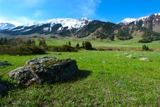 Free Mountain Landscape Stock Photos - 9324383