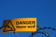Free Razor Wire Stock Images - 9328934