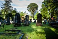 Free Graves In Cemetery Stock Photography - 9330182
