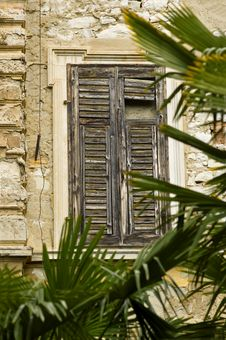 Free Old Window Royalty Free Stock Photography - 9333427