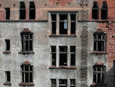 Free Brick Destroyed Wall2 Stock Images - 9333864
