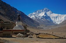 Free Everest And Flannelette Temple Royalty Free Stock Photos - 9334018