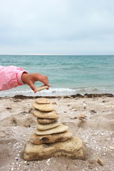 Free Stack Of Pebbles Stock Photos - 9334183