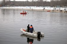 Free Lifeguards Boats On The Water In Winter Stock Photography - 93396122